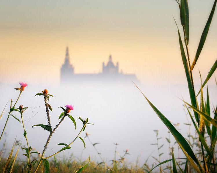 Sunrise Church in the Mist van Ruud Peters