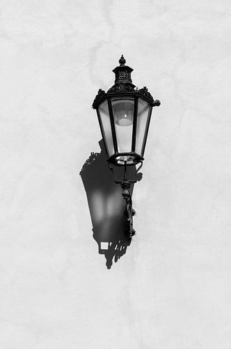 Lantaarn aan de muur in zwart-wit | Armenië