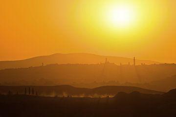 Silhouet van Siena, Toscane. van Rens Kromhout