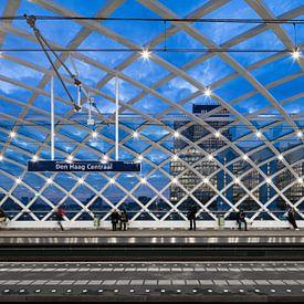 Metrostation Den Haag Centraal van Raoul Suermondt