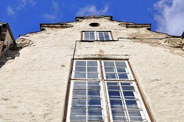 Riga, gevel woning in oude centrum van Maarten  van der Velden