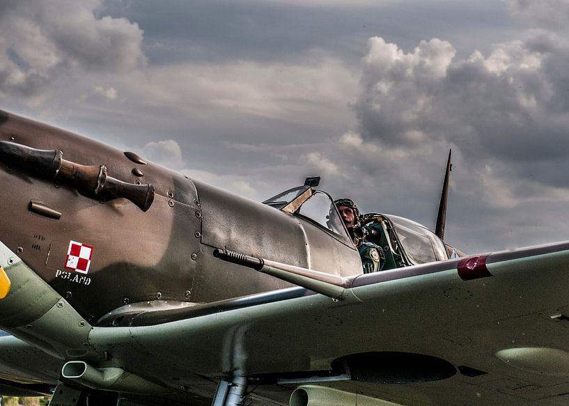 Piloot wacht op vrijgave van Photobywim Willem Woudenberg