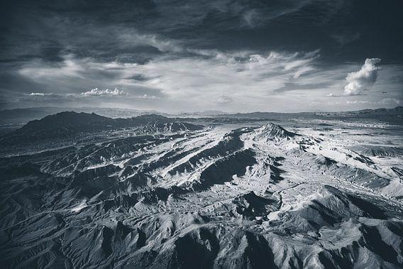 Landschap van de Grand Canyon west vanuit de lucht in zwart wit