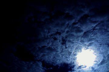 Bewolkte dag  van Lisanne Reijnen