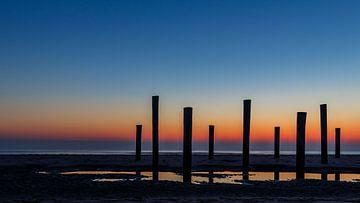 Palendorp in Petten mit Sonnenuntergang von Karin Bijpost