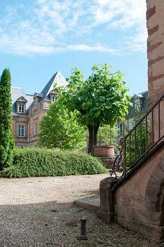 Entree van het paleis van Margot van den Berg