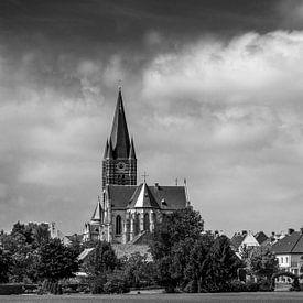 Landschap met kerk van Thorn van Leo Langen