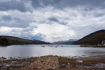 Schotland, Loch Tay bij Kenmore sur Cilia Brandts