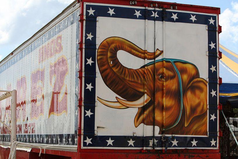 circuswagen olifant jumbo van Frans Versteden
