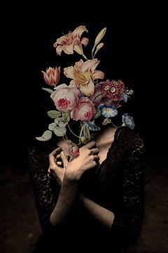 Zelfportret met bloemen 13 (incognito) van toon joosen