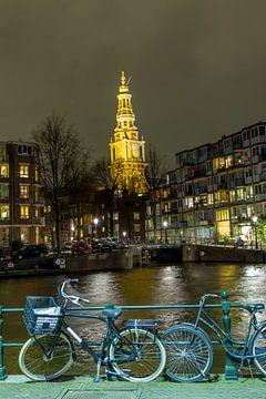 De Zuiderkerk in Amsterdam in het avondlicht van