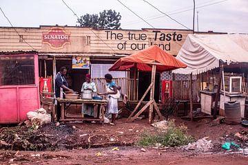 paysage de rue à Kampala en Ouganda sur Eric van Nieuwland
