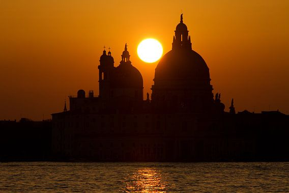 sunset in venice van Bernd Hoyen