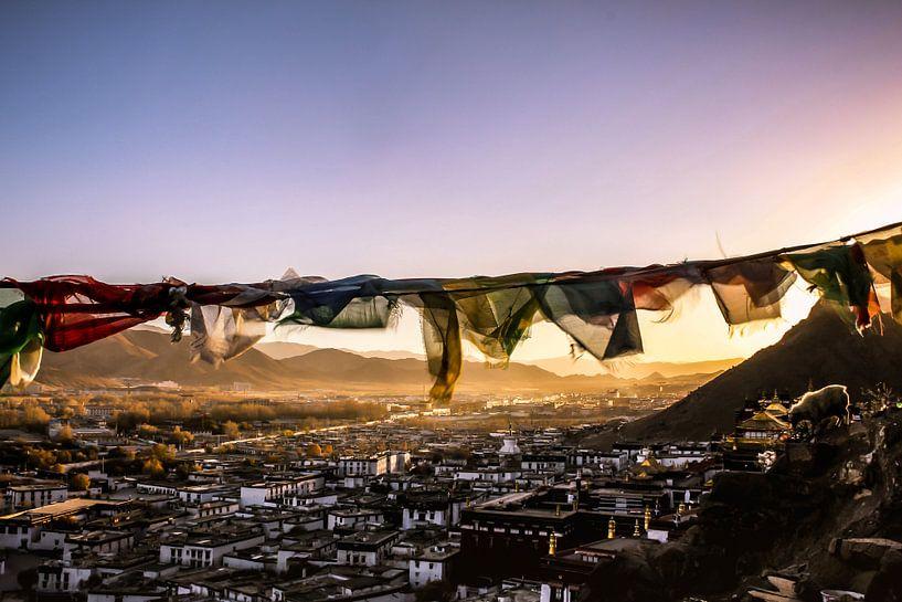 Zonsondergang in Tibet van Niek Wittenberg