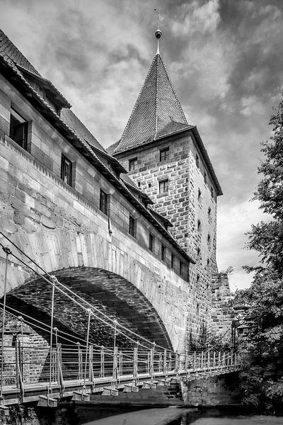 NUREMBERG Chained Suspension Bridge | Monochrome