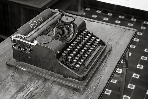 Typemachine The Society