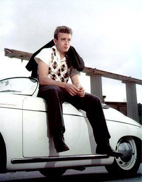 James Dean zittend op een Porsche Speedster van Bridgeman Images