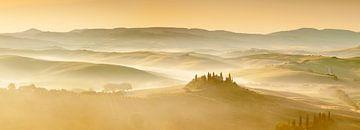 Farmhaus Belvedere bei Sonnenaufgang, Toskana, Italien von Markus Lange