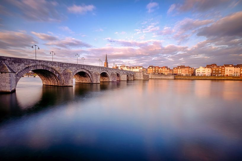 Sint-Servaas-Brücke, Maastricht von Johan Vanbockryck