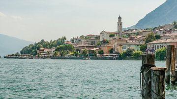 Limone sul Garda, Dorpje aan het Gardameer van Fotografiecor .nl
