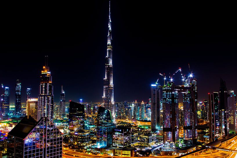 Burj Khalifa Dubai by Night van Sjoerd Tullenaar