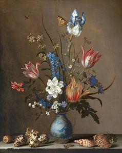 Balthasar van der Ast, Bloemen in een Wan-Li vaas en schelpen van