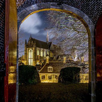 Hooglandse kerk in Leiden in de avond. von Dirk van Egmond