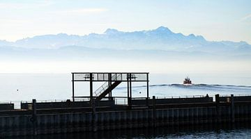 Le lac de Constance le matin sur aRi F. Huber