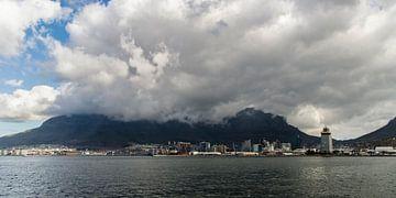Kaapstad, haven en de Tafelberg van