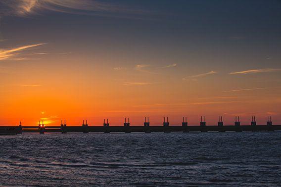 Oosterscheldekering zonsondergang 2