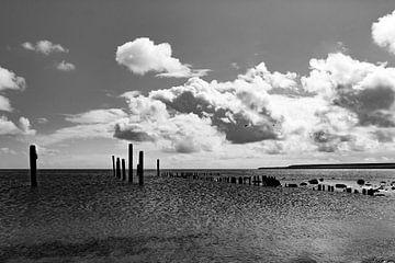 Uitzicht op zee, rust en eenvoud  von Tess Groote