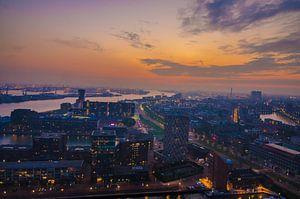 Uitzicht over de Rotterdamse haven (Kleur) van