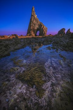Asturien Playa Campiecho Strand mit Felsen von Jean Claude Castor
