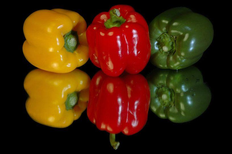 Paprika,s rood,groen en geel van Brian Morgan