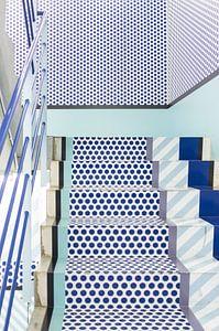Tokio trappenhuis, Japan, blauw van Anki Wijnen