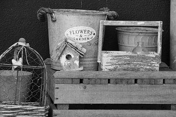 Kist en emmer. von Marieke van Milligen