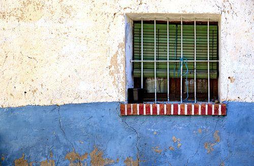 Rood Wit Blauw venster von Sigrid Klop