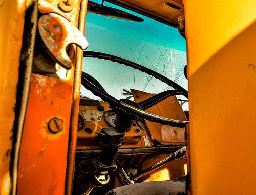 Interieur oude auto van Jeroen Bussers