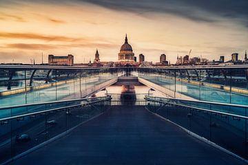 Millennium Bridge van Joris Pannemans - Loris Photography