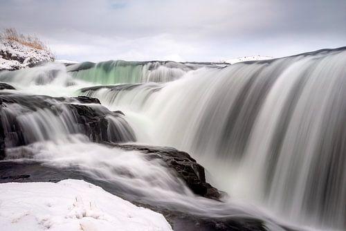 De Reykjafoss waterval in Noord IJsland van
