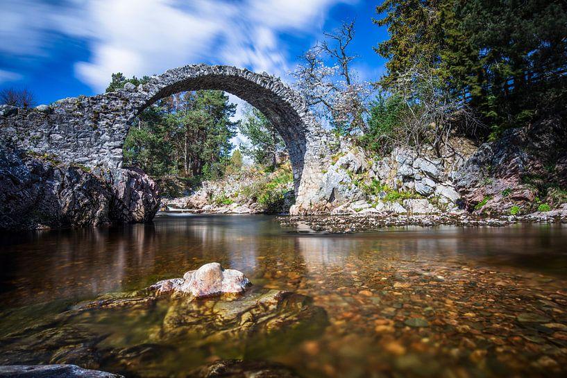 Schotland: Carrbridge - oudste stenen brug van de Highlands van Remco Bosshard