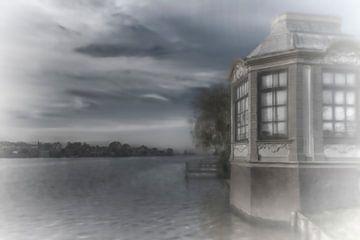 surreale Ansicht des Flusses von Rita Phessas