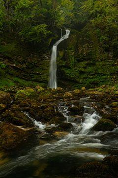Cascades du Flumen waterval in de Jura van Jos Pannekoek