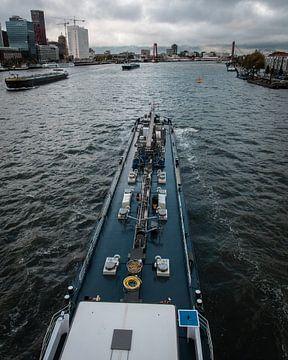 Binnenschifffahrt durch Rotterdam von vdlvisuals.com