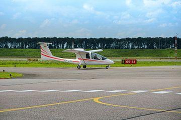 Sportvliegtuig op Airport lelystad von Ina Hölzel