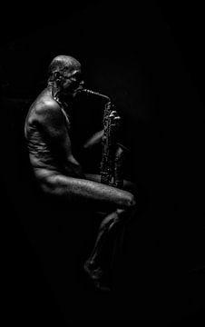 Homme au saxophone sur Chico Bos
