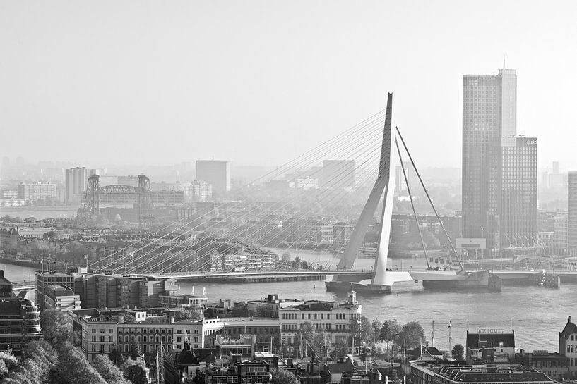 Ochtend in Rotterdam van Rob de Voogd / zzapback