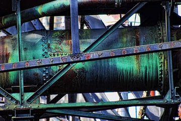 Groene roestige buis van Gabsor Fotografie