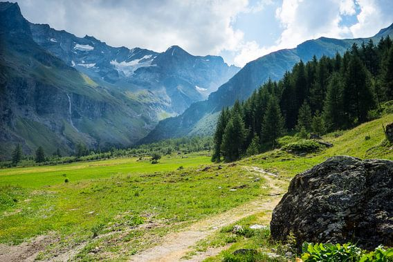 Zomerse bergwandeling in de Franse Alpen van Bas van Gelderen