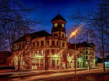 Feuerwehrwache Chemnitz zur Blauen Stunde von Johnny Flash